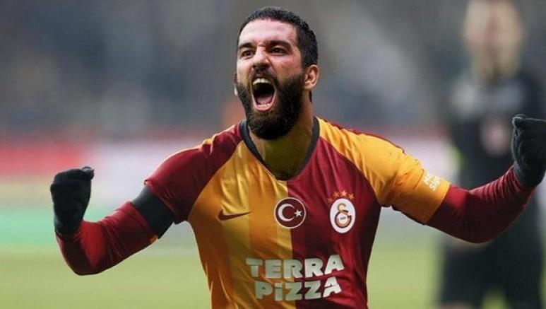 Galatasaray'lı Arda Turan'ın koronavirüs testi pozitif çıktı