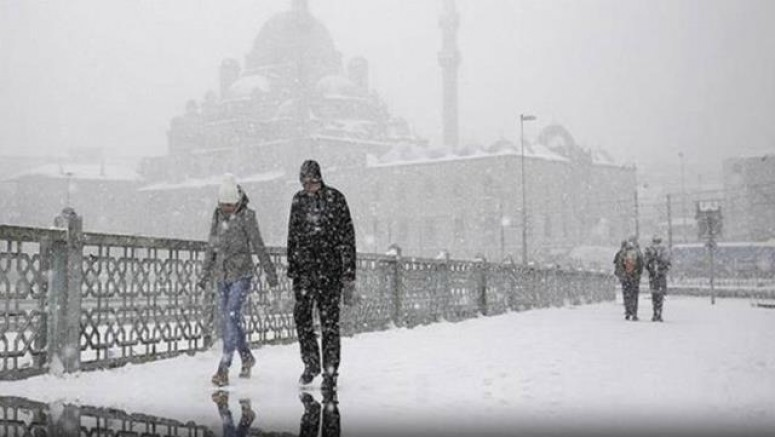 İstanbul beyaza büründü!